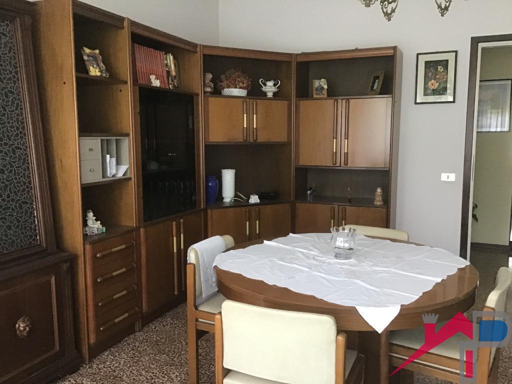 Vendita Quadrilocale Appartamento Cisano Bergamasco 217478