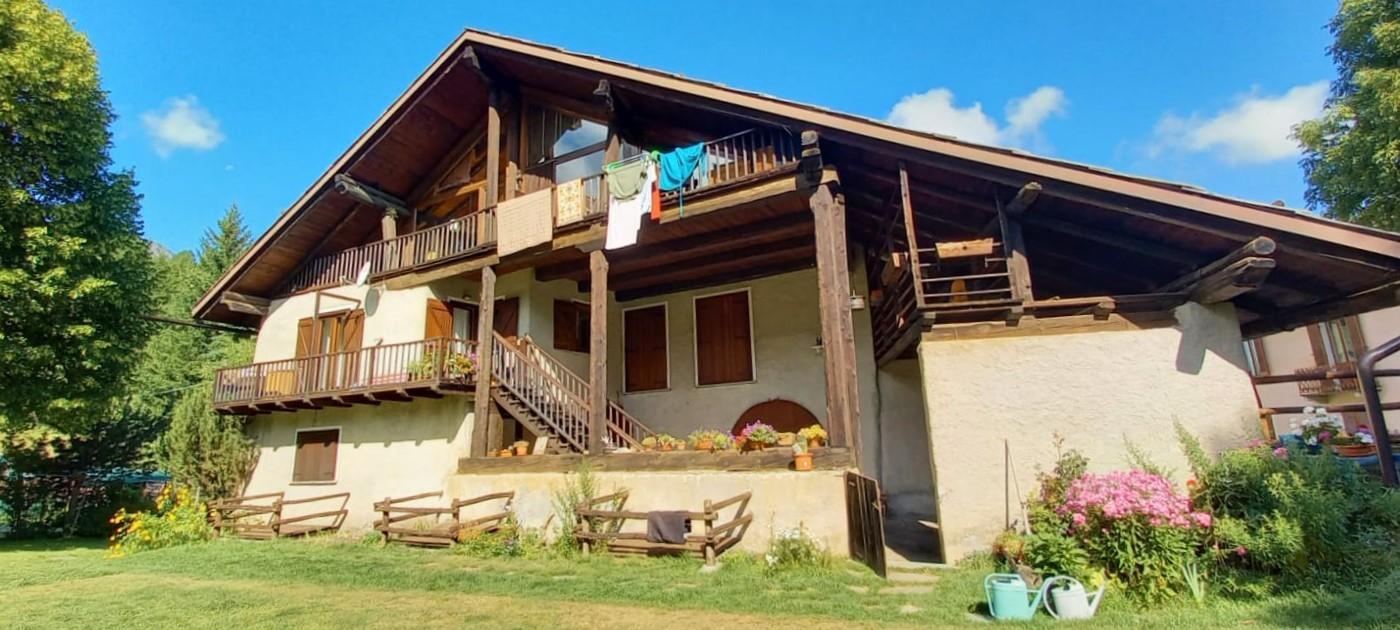 Vendita 5 Locali Appartamento Cesana Torinese Frazione Bousson 281933