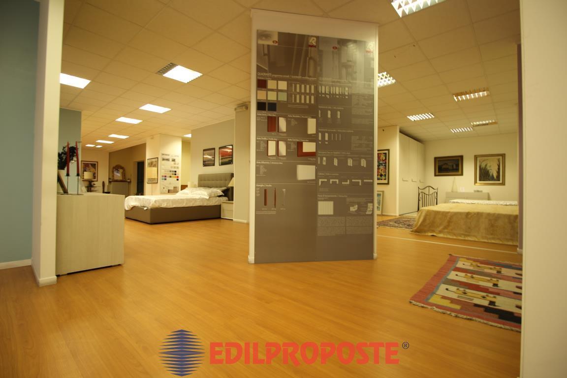 Vendita Altro immobile commerciale Commerciale/Industriale Cesano Maderno Via Nazionale dei Giovi 130 274004
