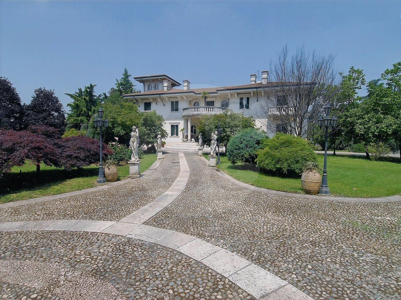 Vendita Villa unifamiliare Casa/Villa Chiari piazza mellini mellino 252386