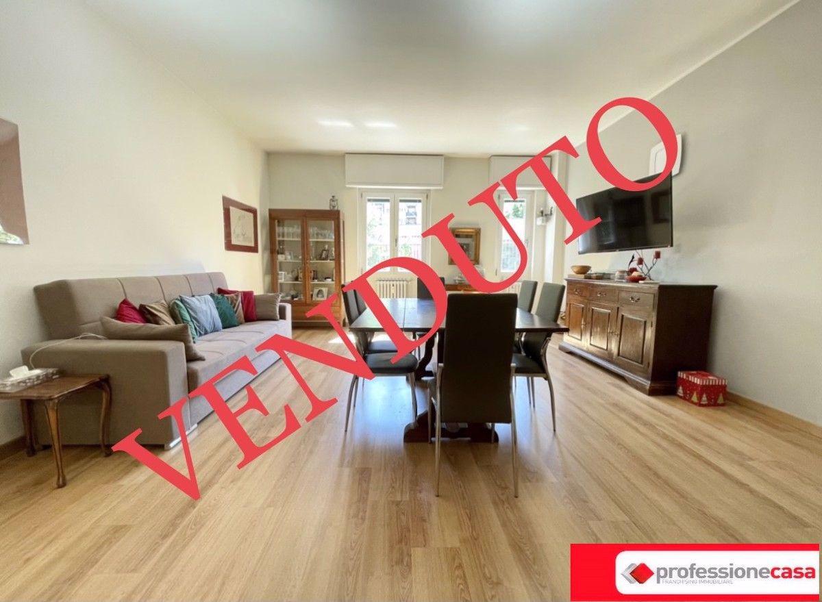 Vendita Bilocale Appartamento Cesano Boscone 269605