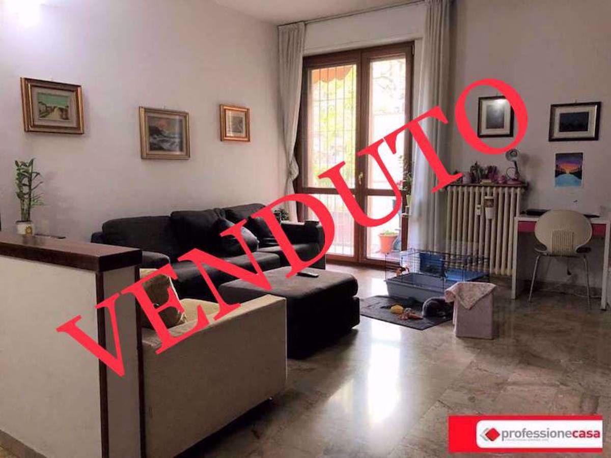 Vendita Trilocale Appartamento Cesano Boscone 250304