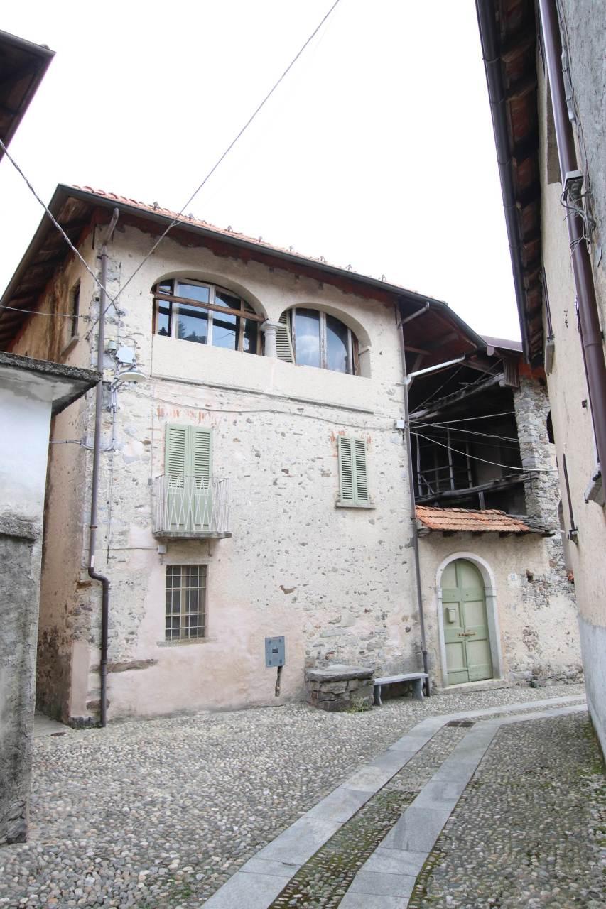 Vendita 5 Locali Appartamento Madonna del Sasso 254558