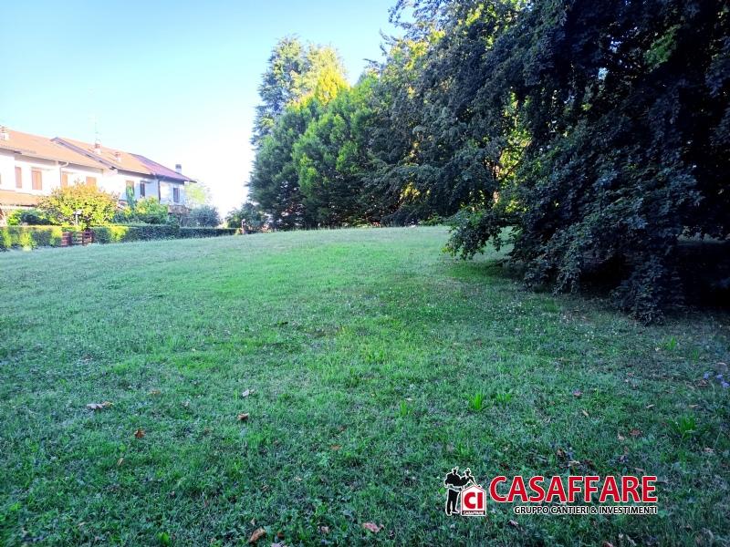 Vendita Quadrilocale Appartamento Appiano Gentile 225248