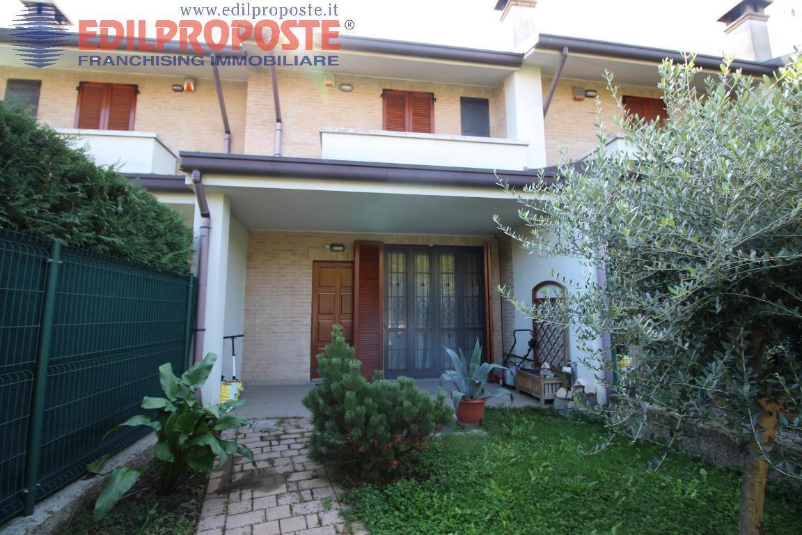 Vendita Villetta a schiera Casa/Villa Ceriano Laghetto via Verdi  214890