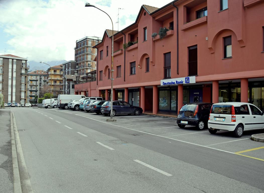 Vendita Negozio Commerciale/Industriale Malgrate Via San Leonardo 16 75759