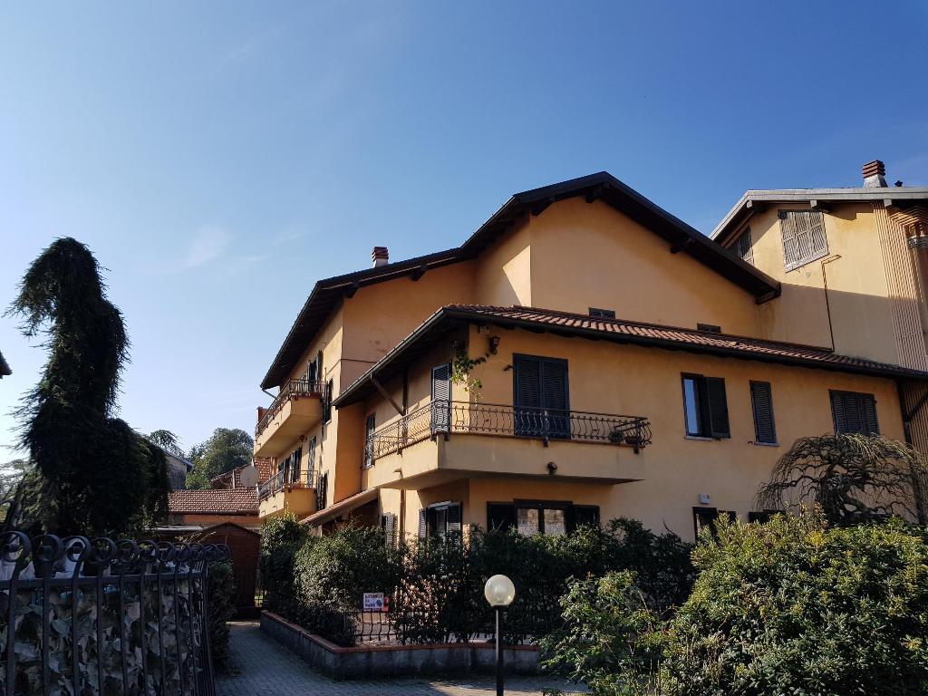 Vendita Bilocale Appartamento Lonate Ceppino 45470