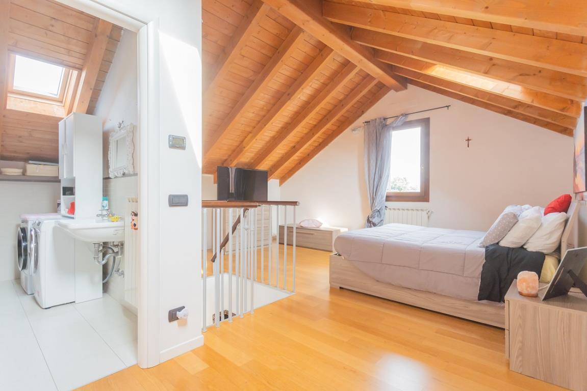 Vendita Monolocale Appartamento Albiate Viale Lombardia 274271