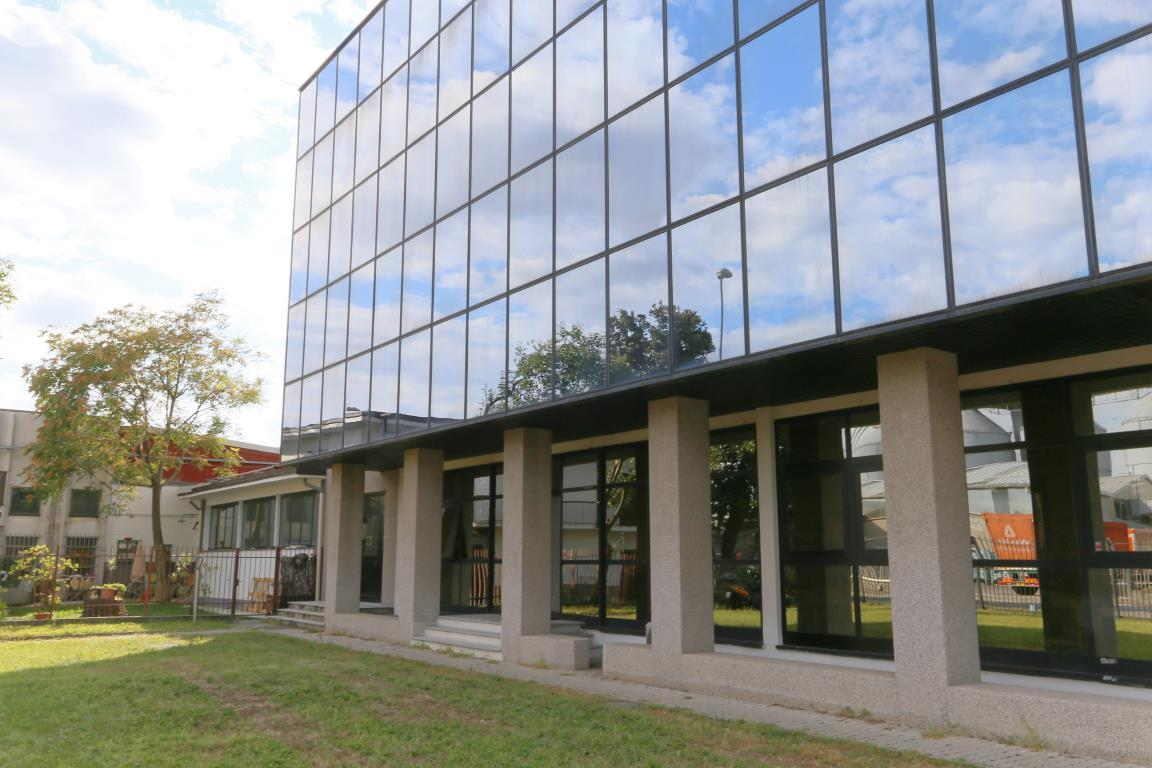 Vendita Ufficio diviso in ambienti/locali Ufficio Arcore 233886
