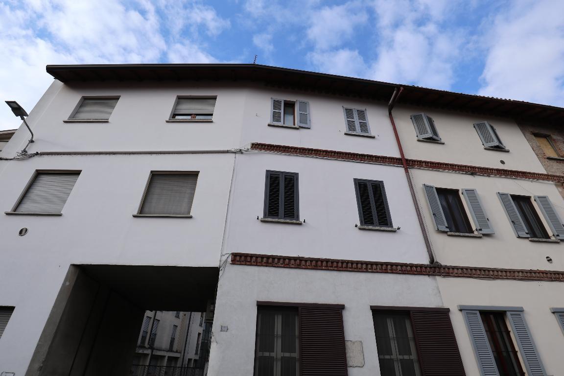 Vendita Trilocale Appartamento Mariano Comense Via XX Settembre 4 187423