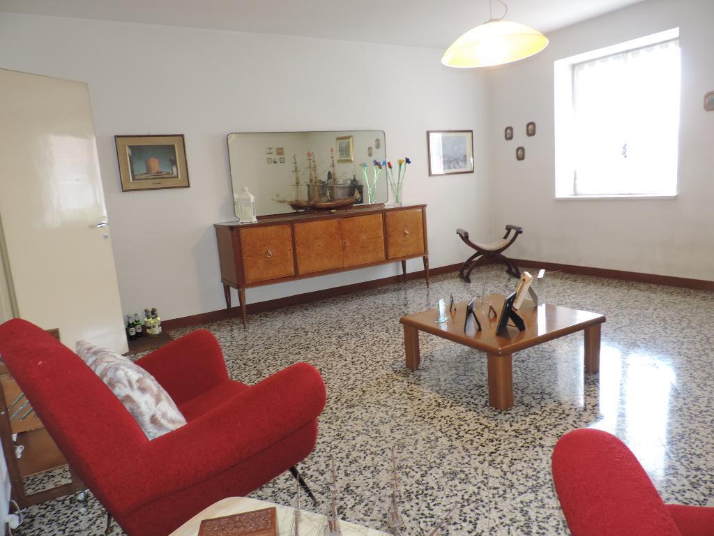 Vendita Quadrilocale Appartamento Cisano Bergamasco 101104