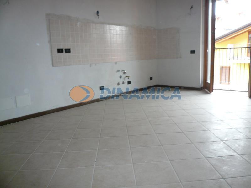 Vendita Bilocale Appartamento Cisano Bergamasco Via Mons. Castelli 72273