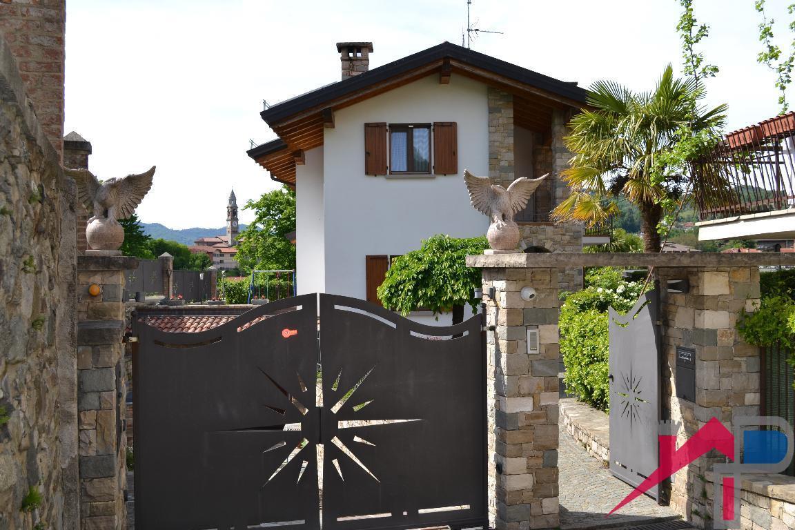 Vendita Villa unifamiliare Casa/Villa Cisano Bergamasco 209395