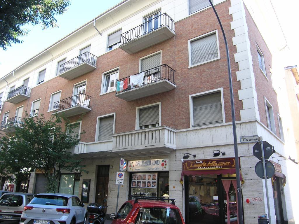 Vendita 5 Locali Appartamento Asti corso cavallotti 7 233660