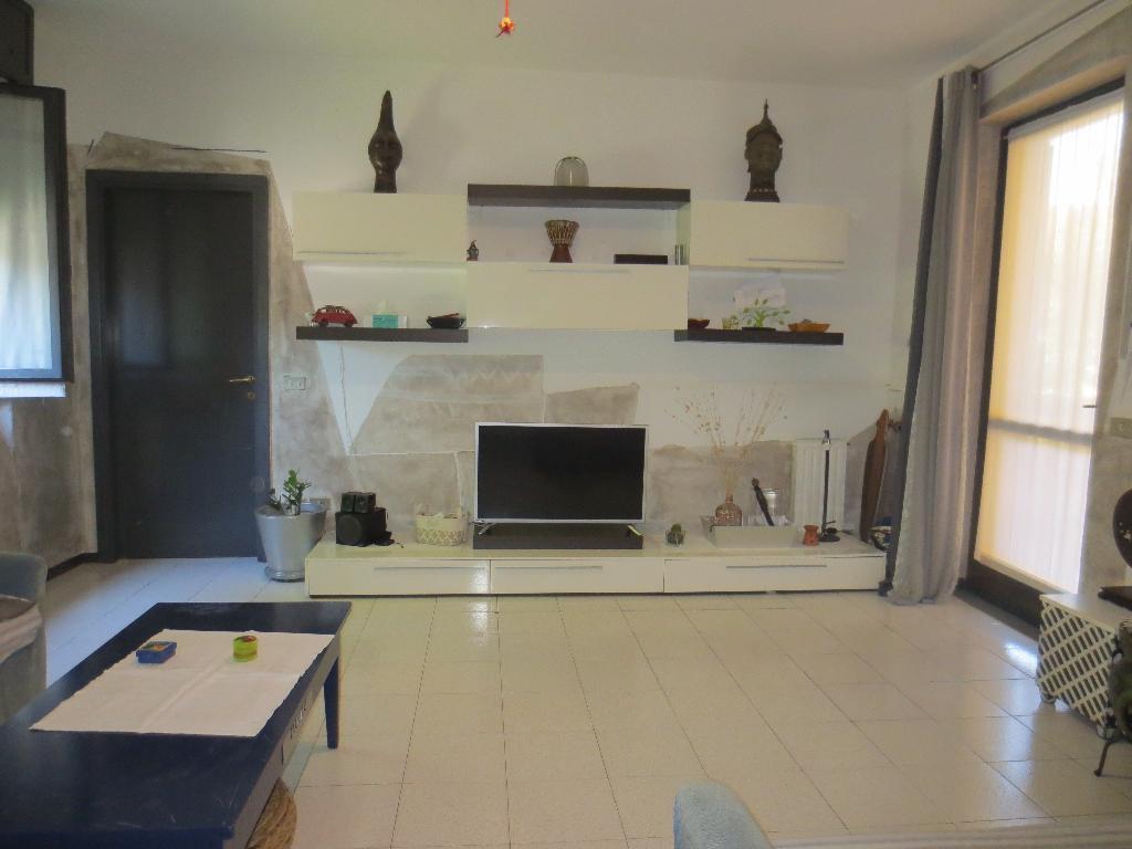 Vendita Bilocale Appartamento Macherio Via Piave 147852