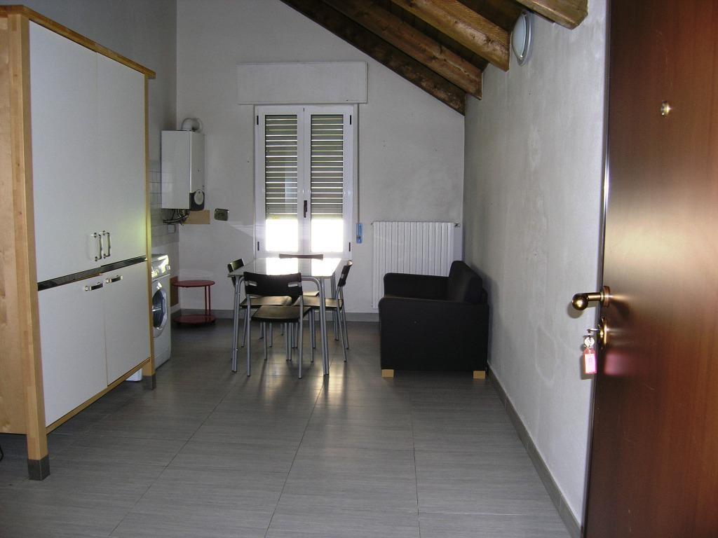 Vendita Bilocale Appartamento Asti via arò 72705