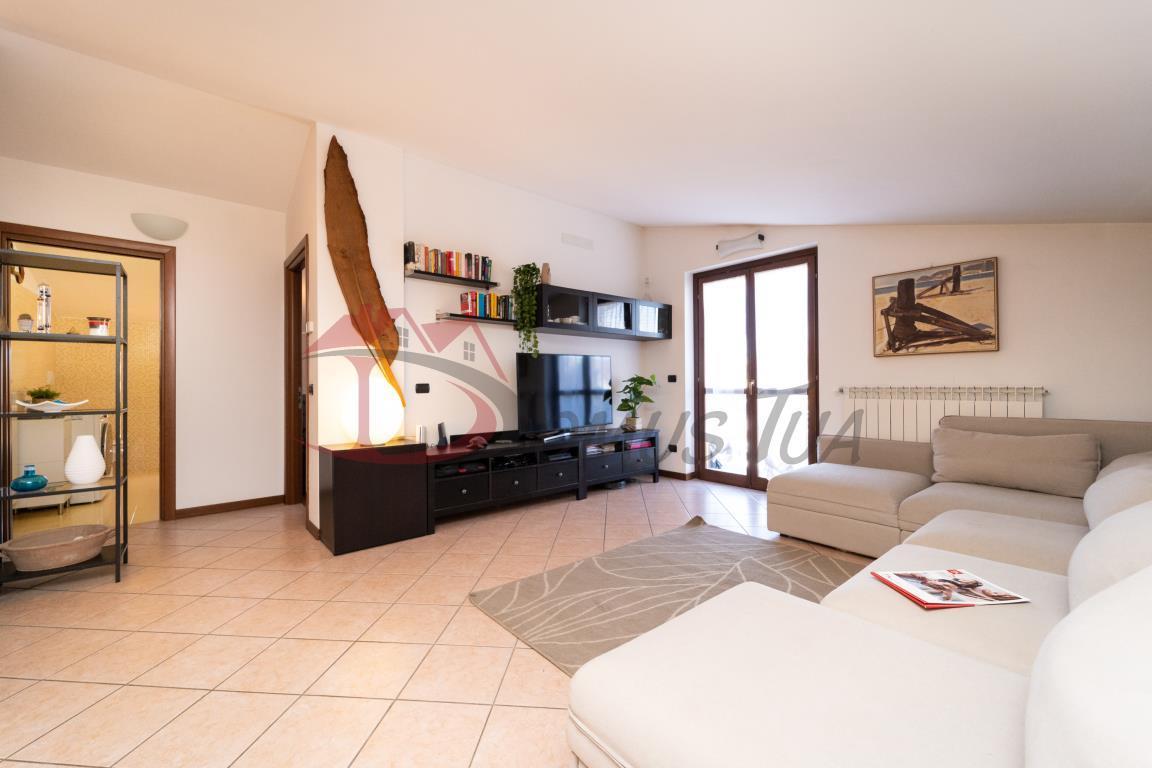 Vendita Trilocale Appartamento Lonate Ceppino Via Saporiti 48 266283