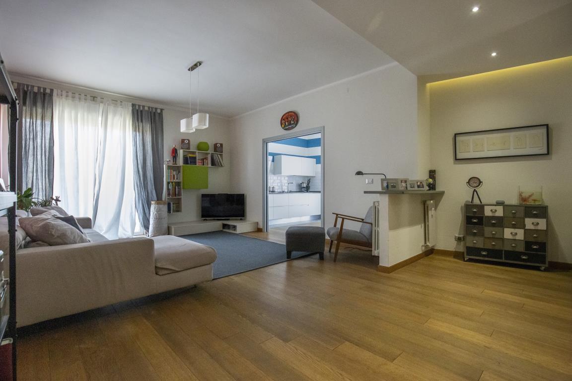 Vendita 5 Locali Appartamento Asti corso Einaudi 12 260228