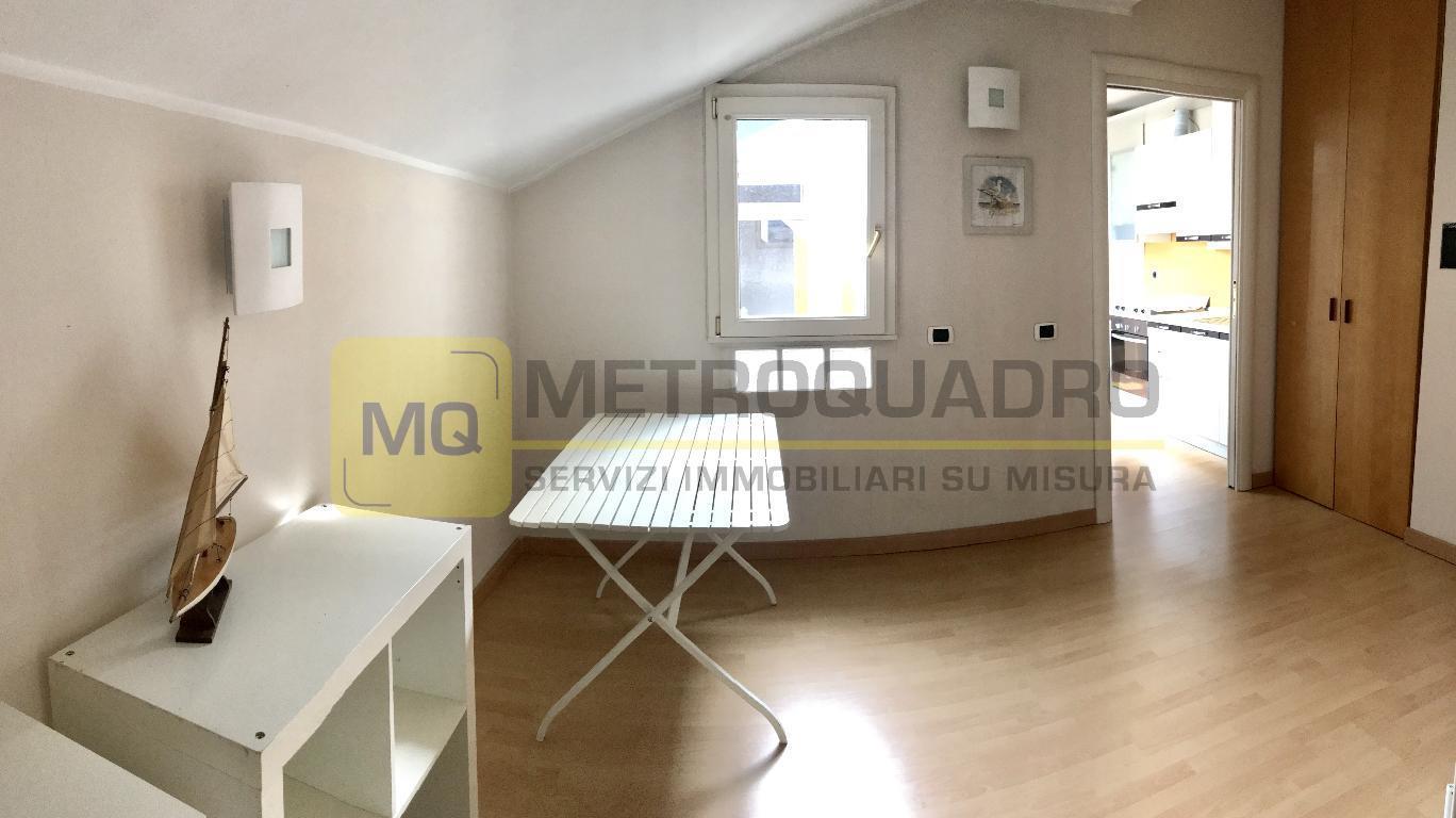 Vendita Bilocale Appartamento Lecco Via Mentana 75838