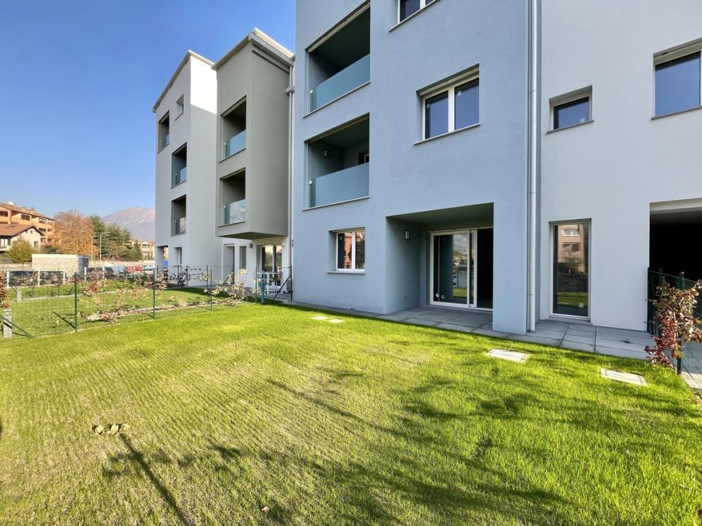 Vendita Quadrilocale Appartamento Malgrate Via Alessandro Manzoni 8 251246