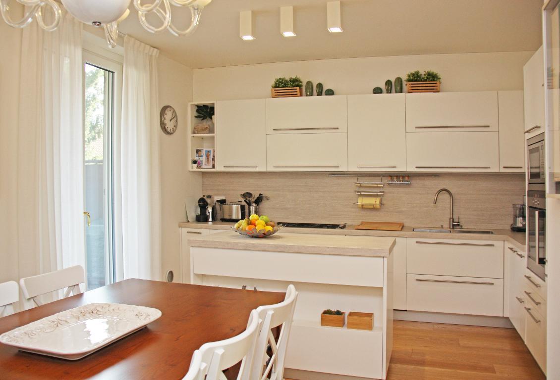 Vendita Villa unifamiliare Casa/Villa Arcore Viale Brianza 209207