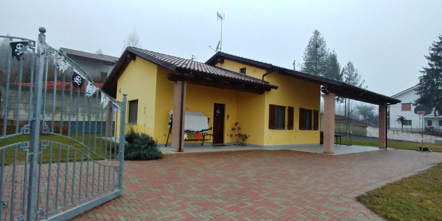 Vendita Villa unifamiliare Casa/Villa Asti frazione serravalle 75510