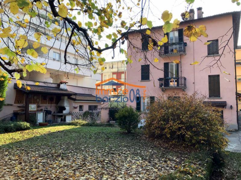 Vendita Quadrilocale Appartamento Lecco 175917