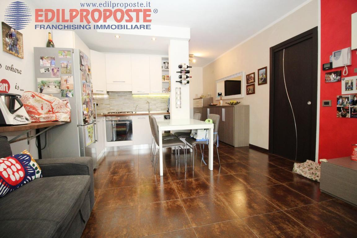 Vendita Trilocale Appartamento Cesano Maderno Via Robolotti 1 203807