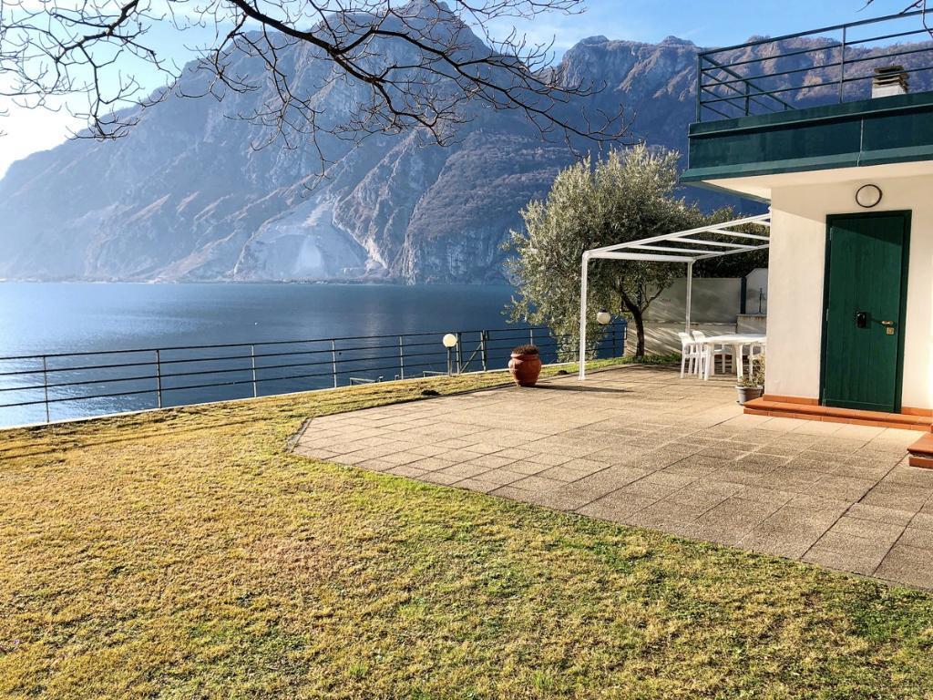 Vendita Villa unifamiliare Casa/Villa Abbadia Lariana Via Nazionale 180 205672