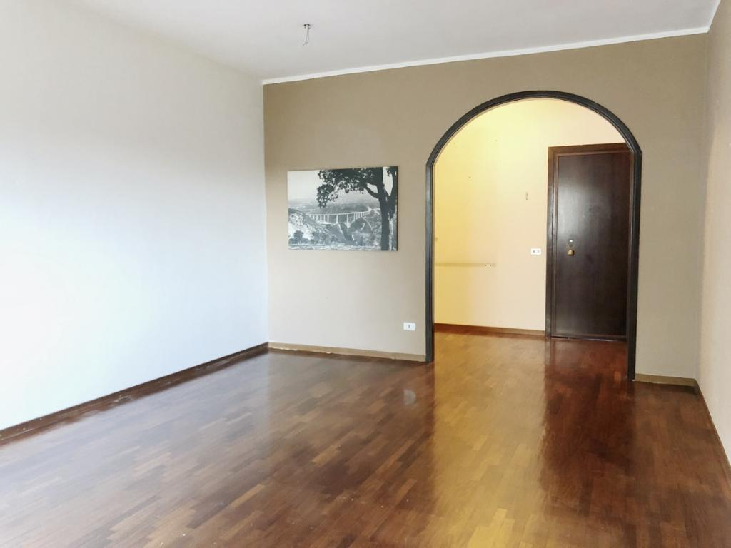 Vendita Bilocale Appartamento Malgrate Via Gaggio 11 188249