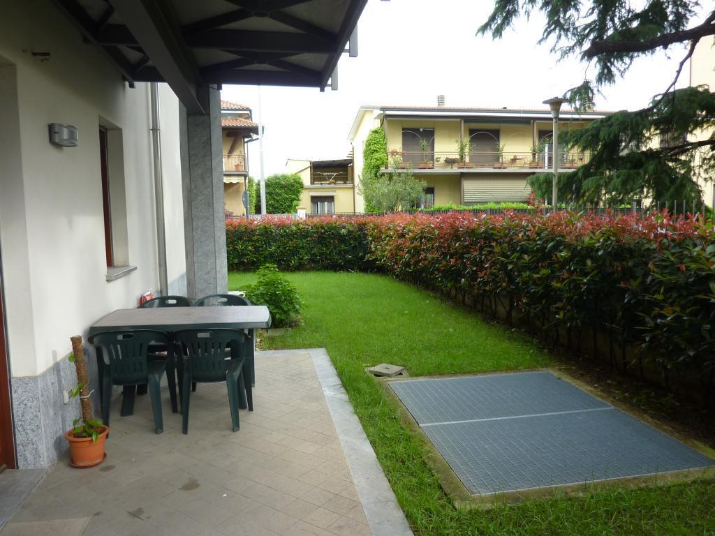 Vendita Bilocale Appartamento Arcore Via Manzoni 39 254337