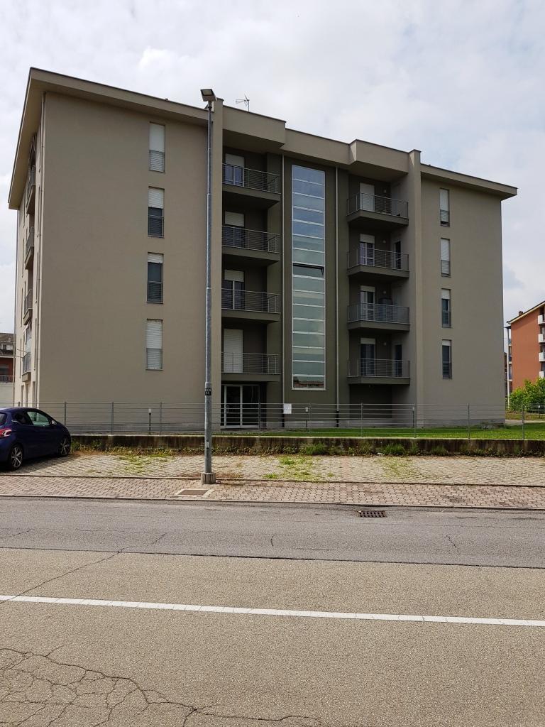 Vendita Bilocale Appartamento Asti Via Cirio 76457
