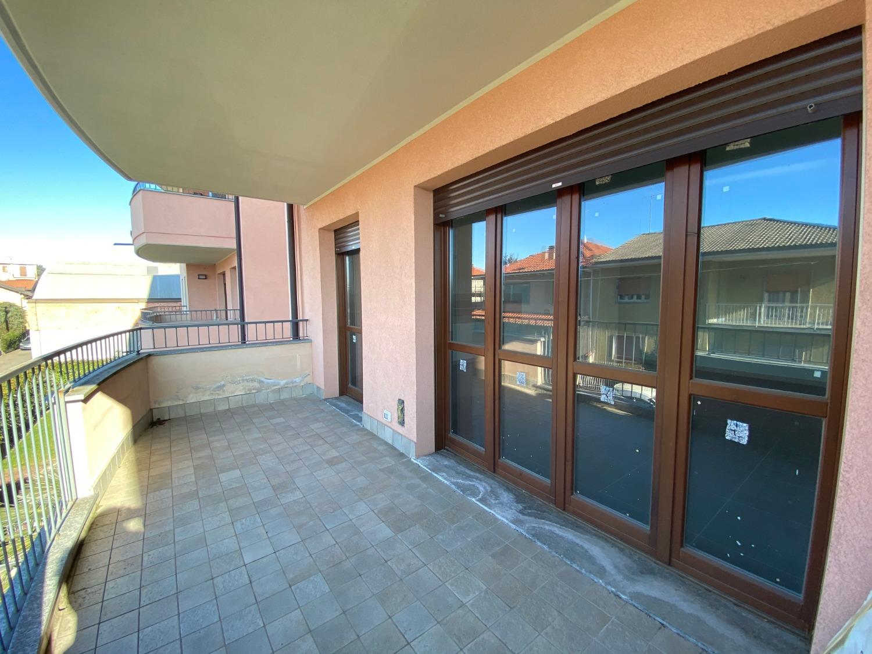 Vendita Trilocale Appartamento Magenta Via Moncenisio 249936