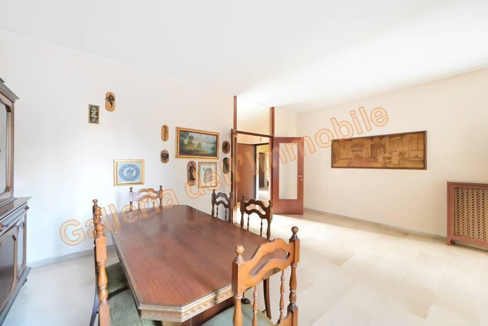 Vendita Quadrilocale Appartamento Abbiategrasso 252082