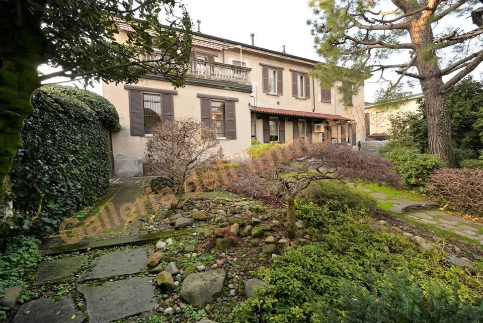 Vendita Villa unifamiliare Casa/Villa Abbiategrasso Via Cadorna 32 252090