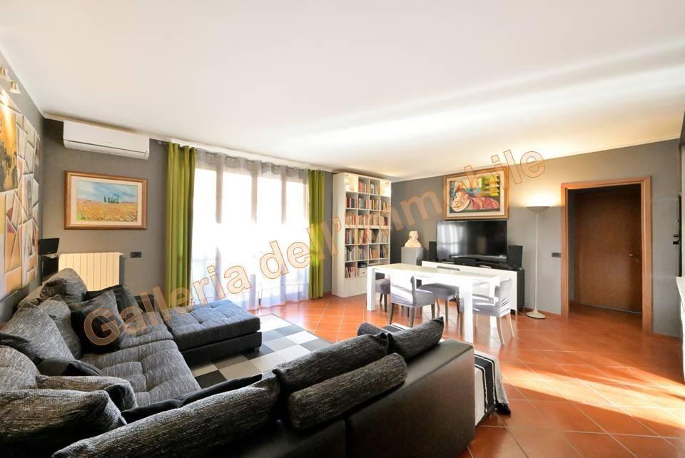 Vendita Quadrilocale Appartamento Albairate 252098
