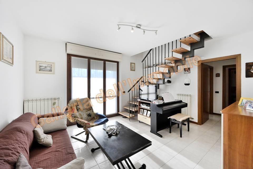 Vendita Quadrilocale Appartamento Abbiategrasso 252025