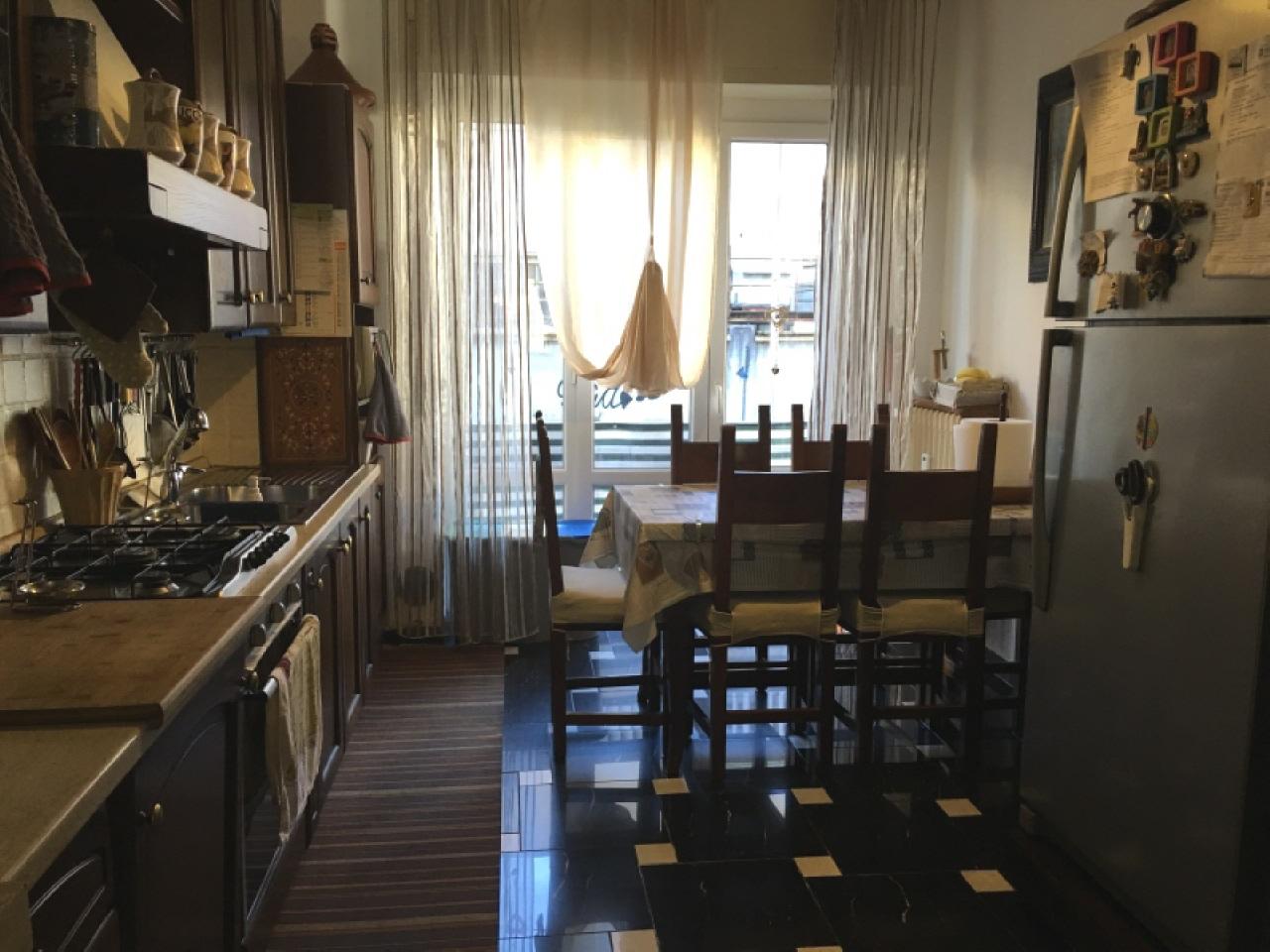 Vendita Trilocale Appartamento Luino viale dante alighieri 77306