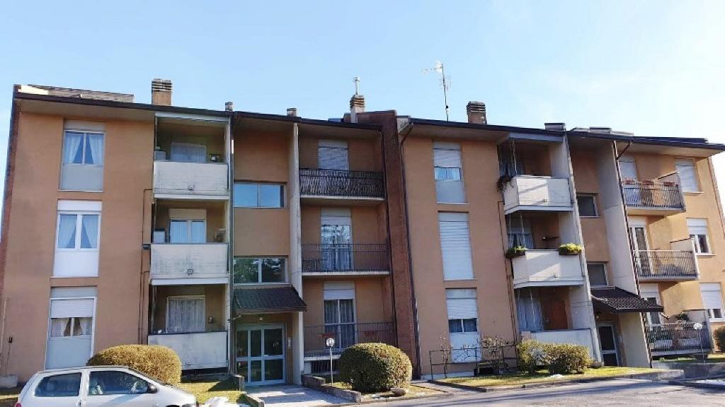 Vendita Trilocale Appartamento Luino 77335