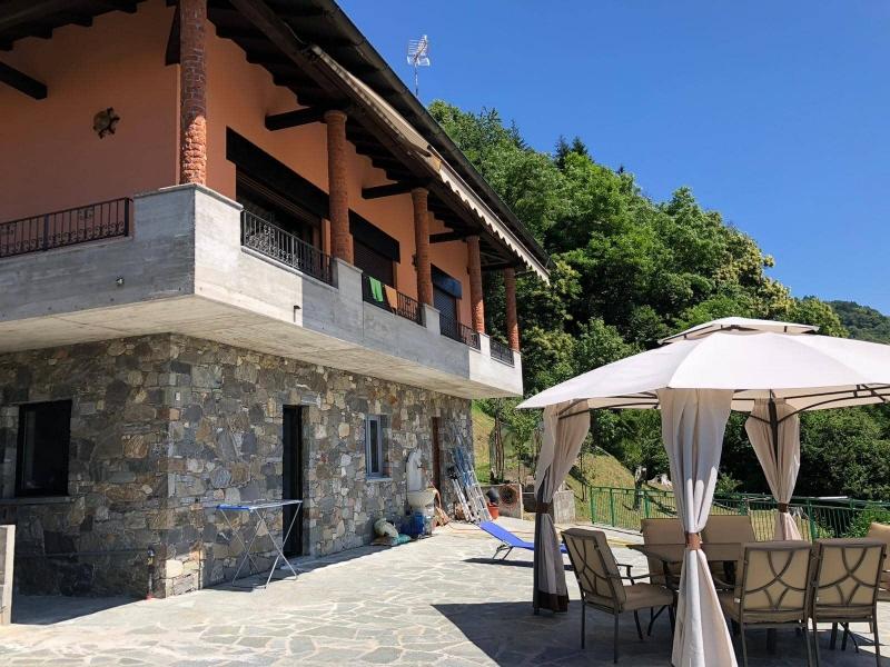 Vendita Villa unifamiliare Casa/Villa Maccagno 194460